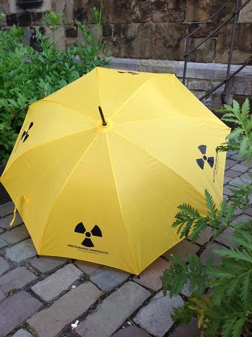 lebendiges aachen der neue klenkes ist ein gelber schirm. Black Bedroom Furniture Sets. Home Design Ideas